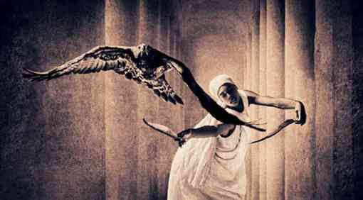 Clare de Lune begins her dance of death